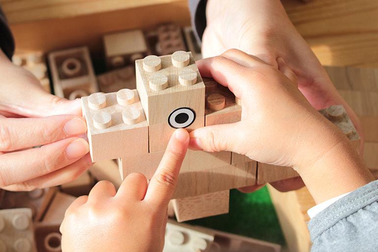山形県産無垢材ブロック玩具「MOKULOCK(もくロック)」 – MOKULOCK