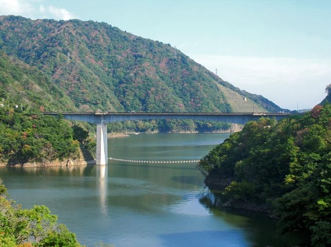 長井ダム(ながい百秋湖)