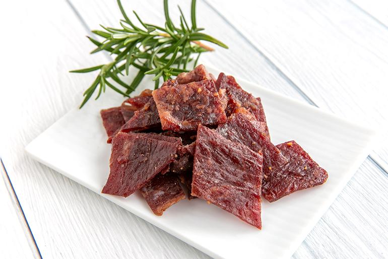 牛肉の旨みを最大限に引き出した、特製ビーフジャーキー