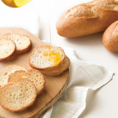 フランスパンのサクサク食感と芳醇なバターの香り