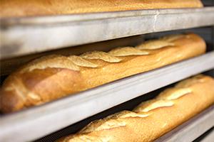 2.パンを焼く前のひと手間