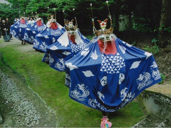 藤島ノ獅子踊り